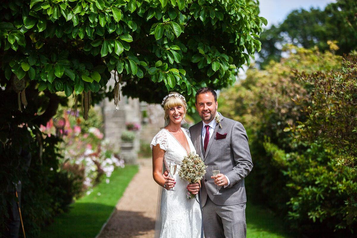 Zoe & Jonny - Wadhurst Castle-54.jpg