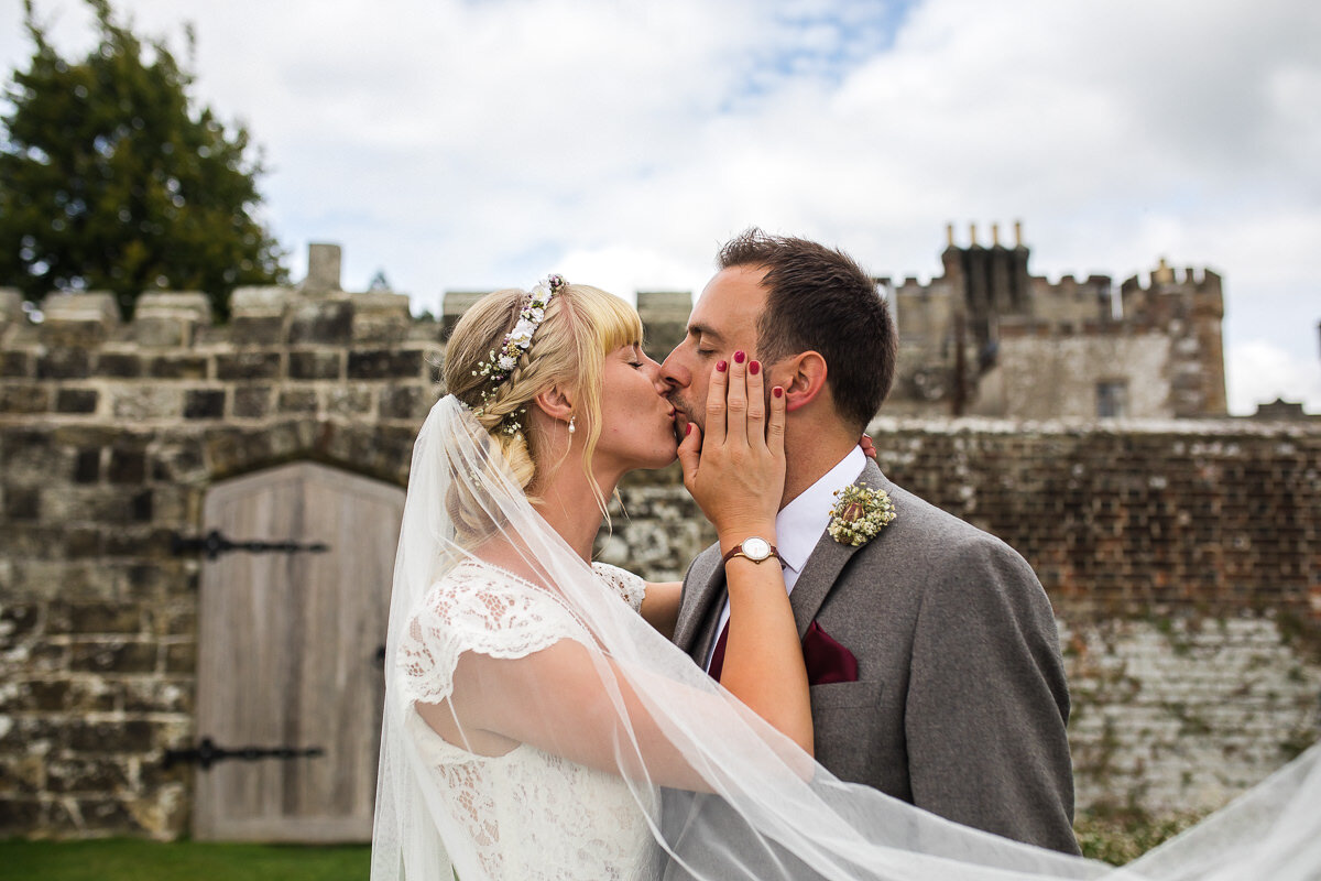 Zoe & Jonny - Wadhurst Castle-69.jpg