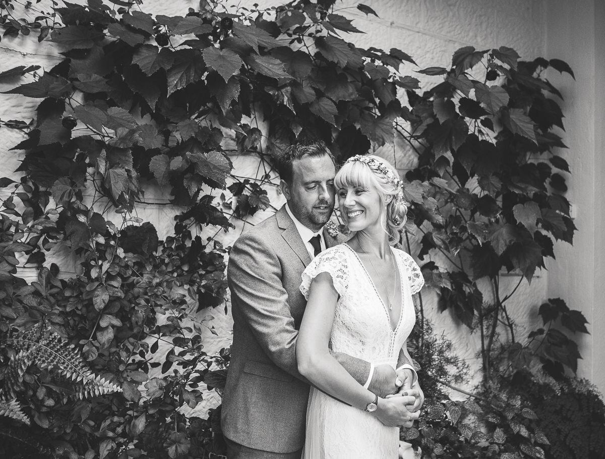 Zoe & Jonny - Wadhurst Castle-74.jpg