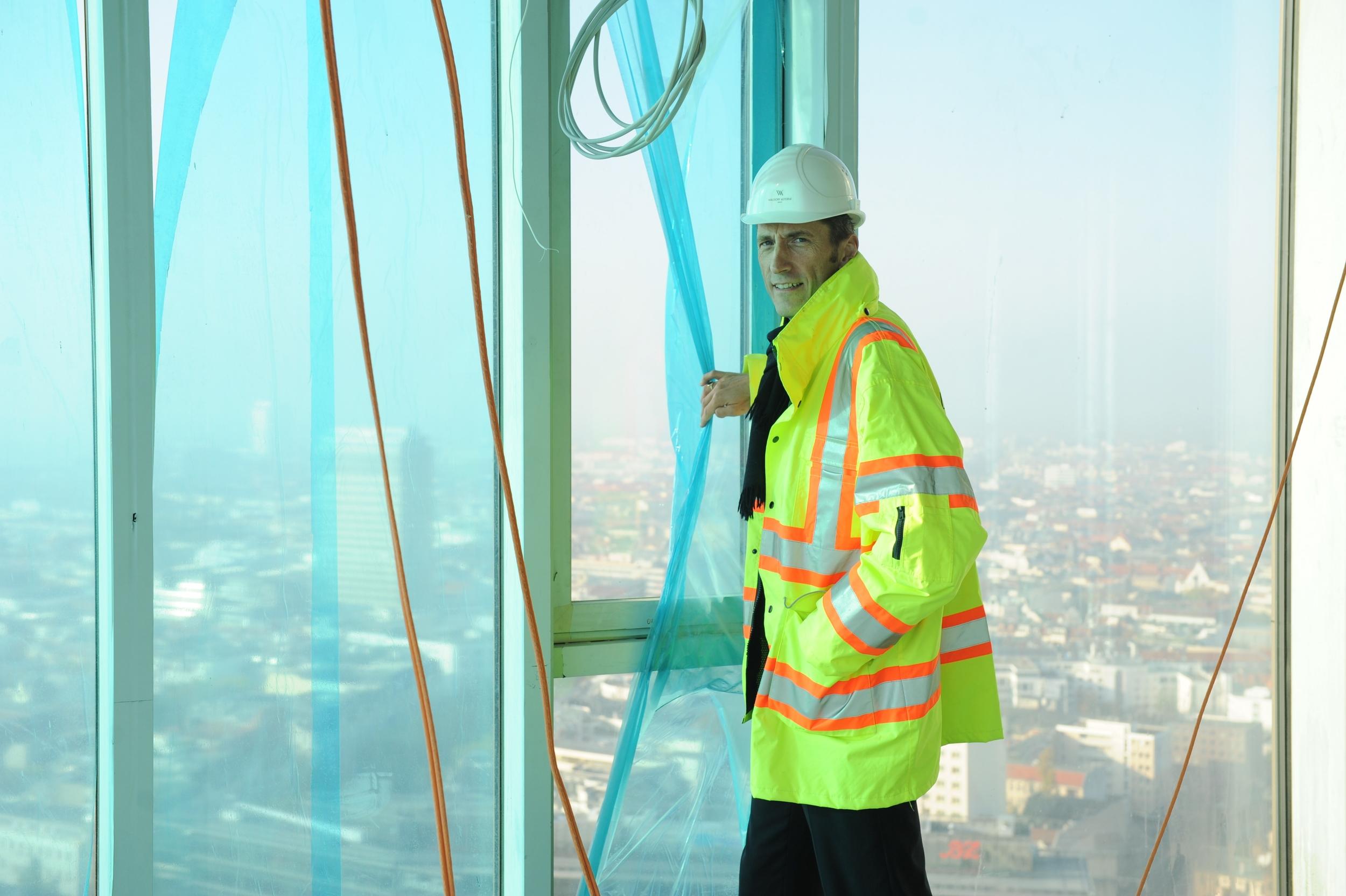 Baustellenbegehung des Waldorf Astoria Berlin.