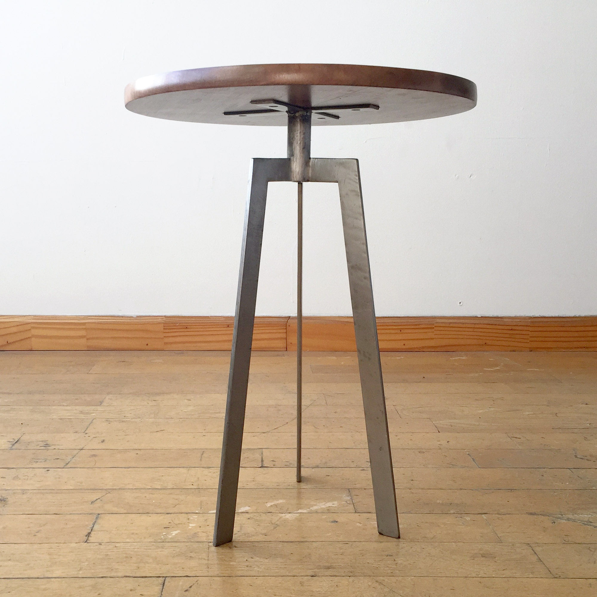 Accent Table 2.jpg