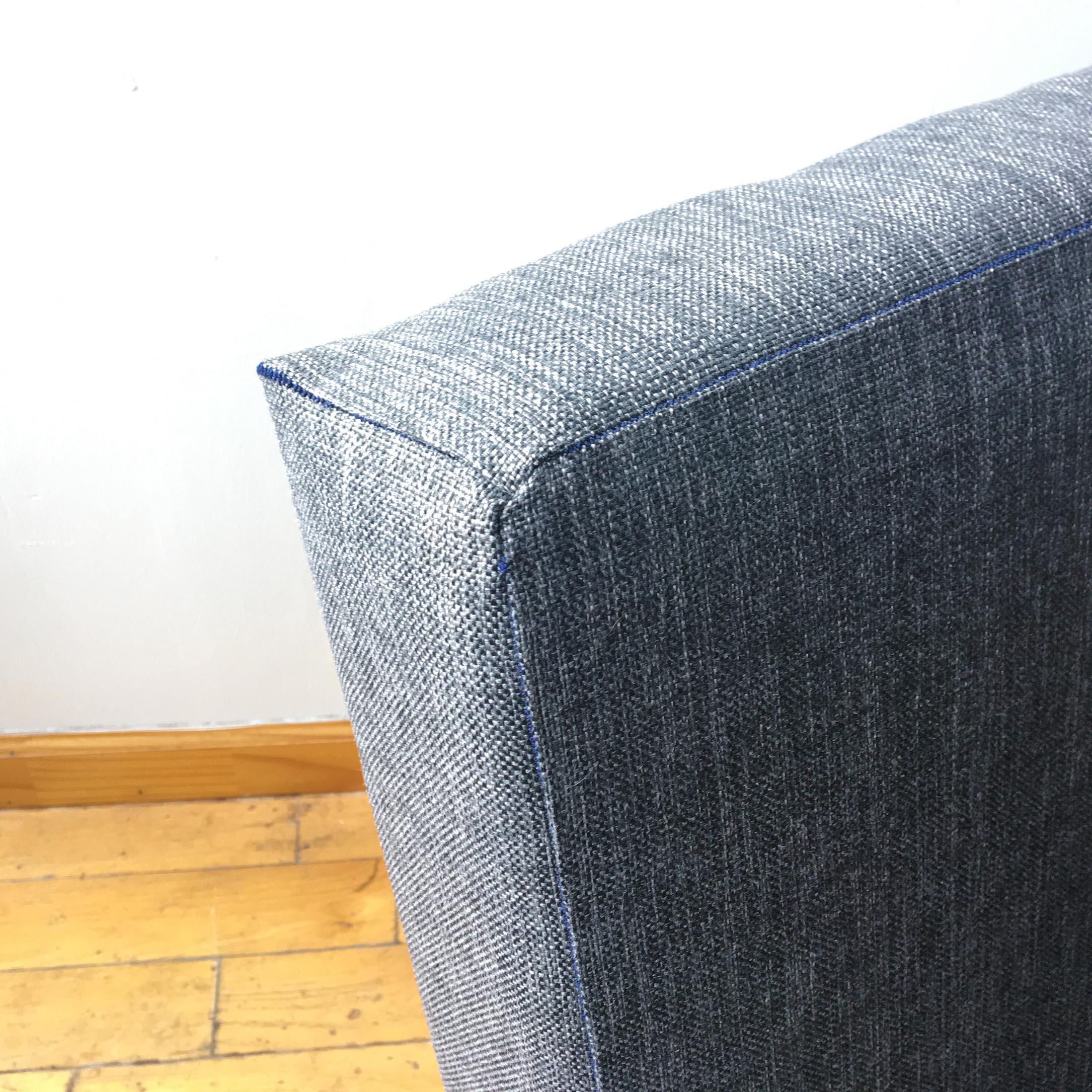 Chair1_IMG_1454_04_Corner2.jpg