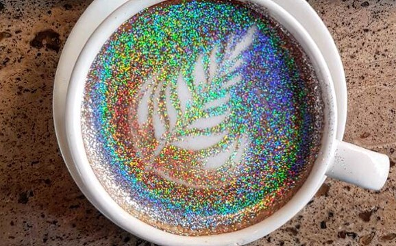 We know what we'll be drinking this morning ... glitterccinos!! . . . . #glittercappuccino #glitterccino #coffee #glitter #sparkly #art #barista #eventplanner