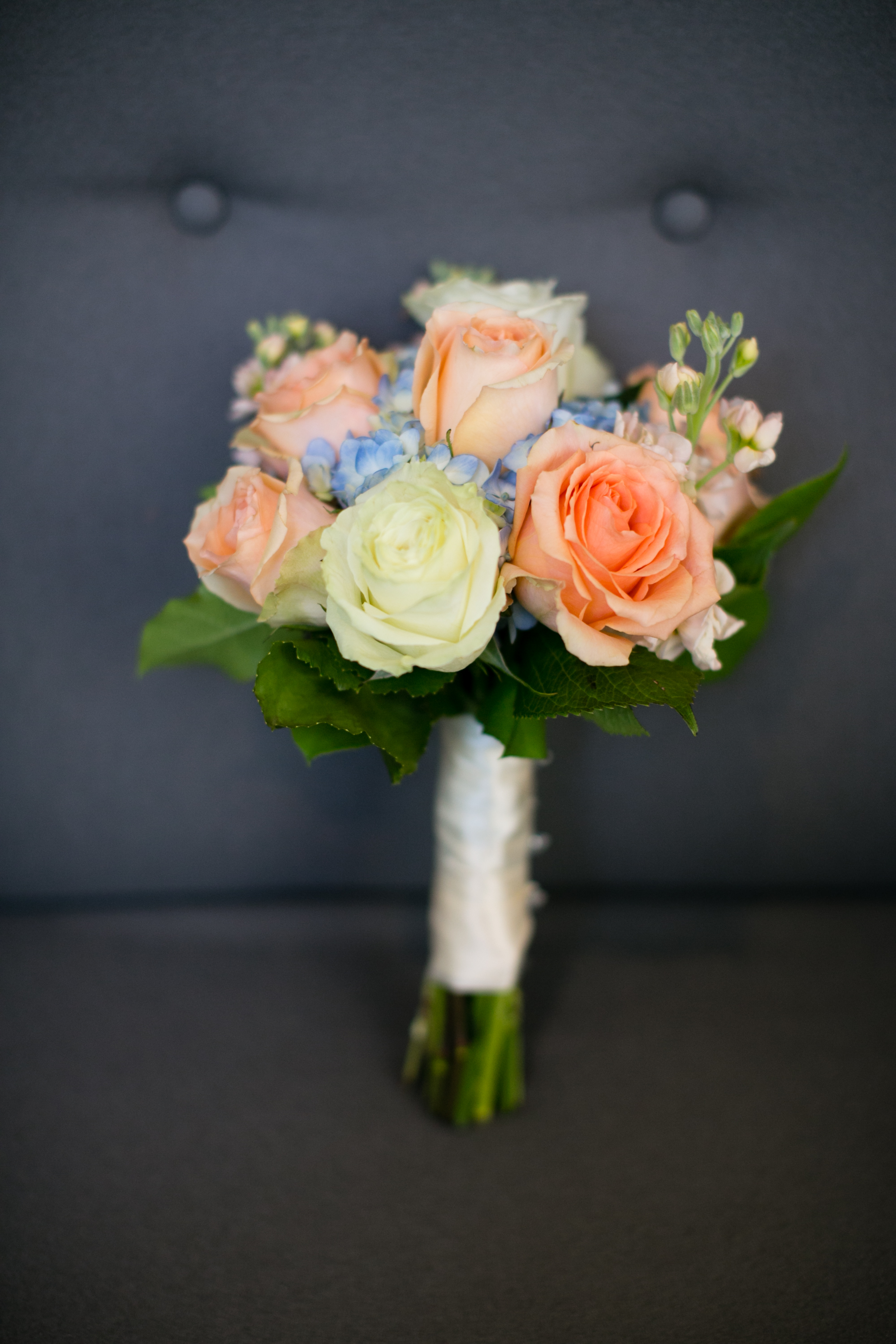 Racquet Club wedding by Peach Plum Pear Photo_021.jpg