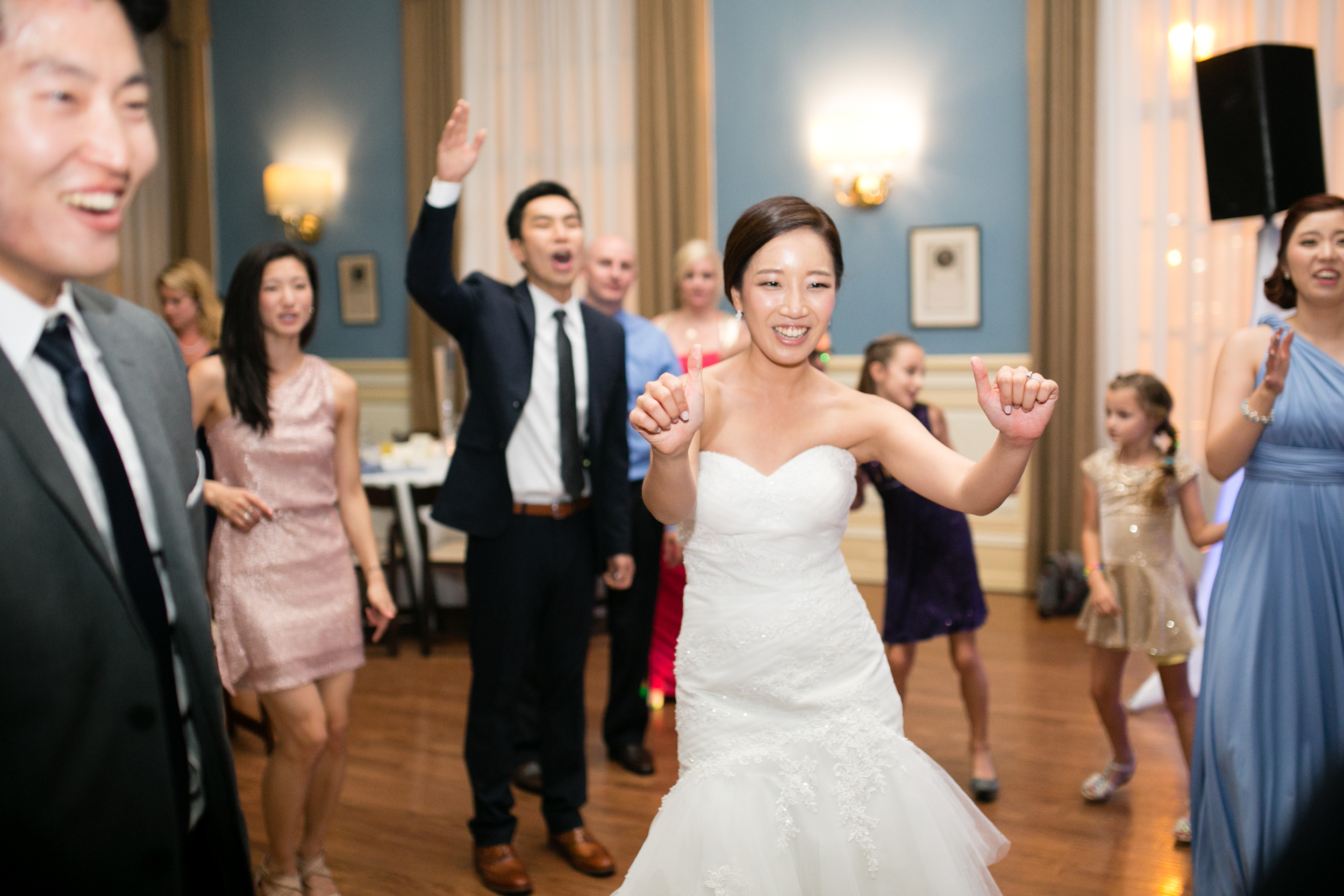 Racquet Club wedding by Peach Plum Pear Photo_050.jpg