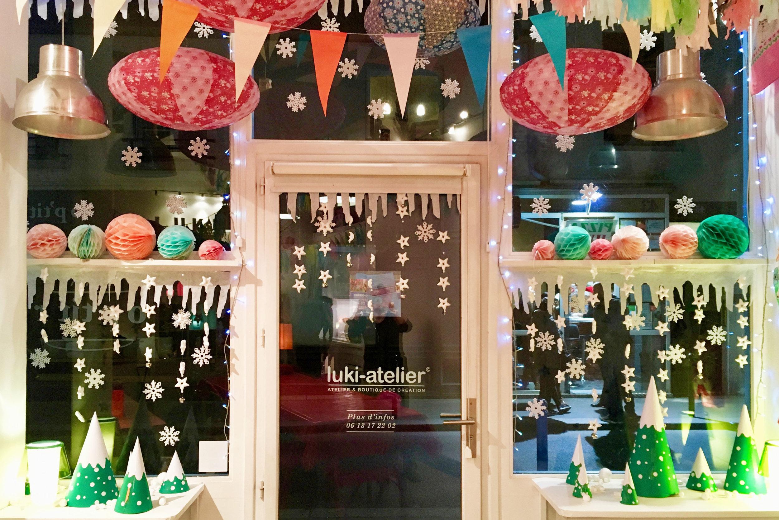 luki vitrine Noël copie.jpg