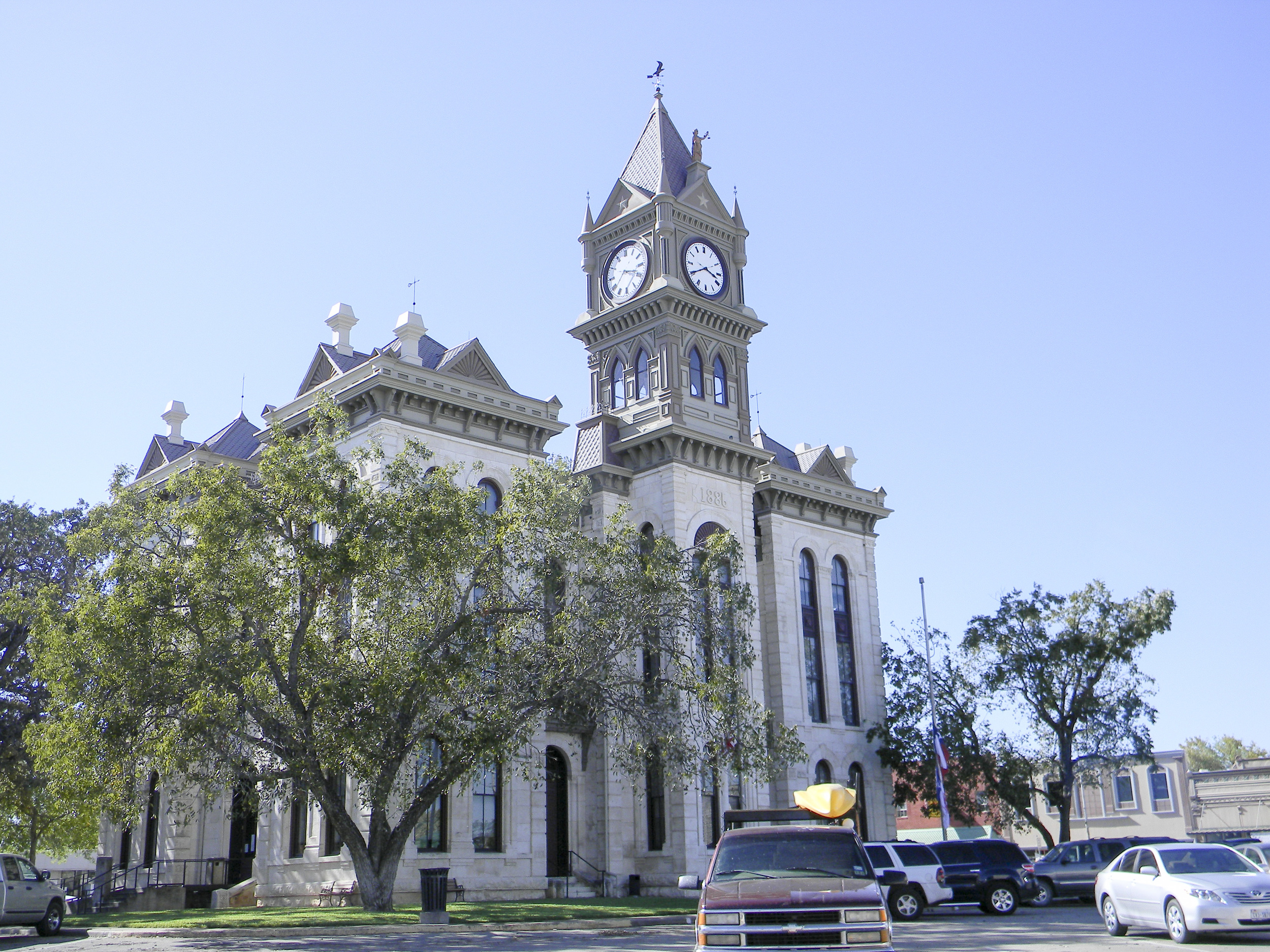 SAC_TX_BOSQUE_MERIDIAN_courthouse_4-2012-Oct18.jpg