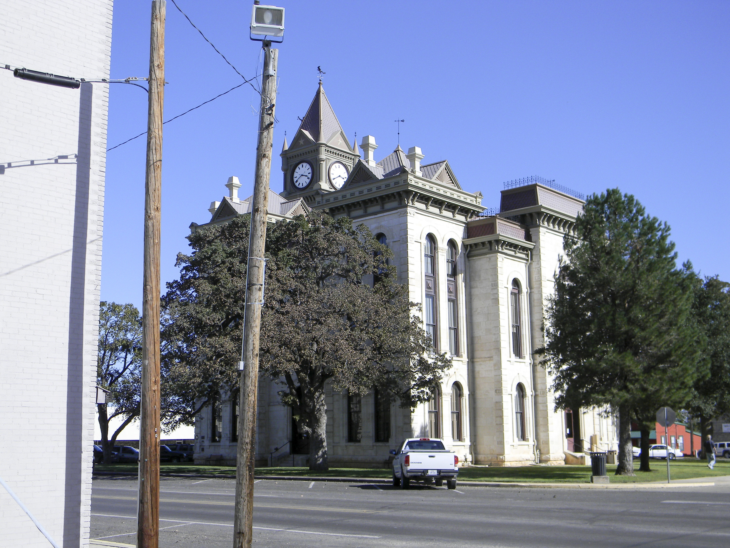 SAC_TX_BOSQUE_MERIDIAN_courthouse_7-2012-Oct18.jpg