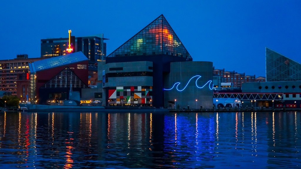National-Aquarium-Baltimore-Inner-Harbor.jpg