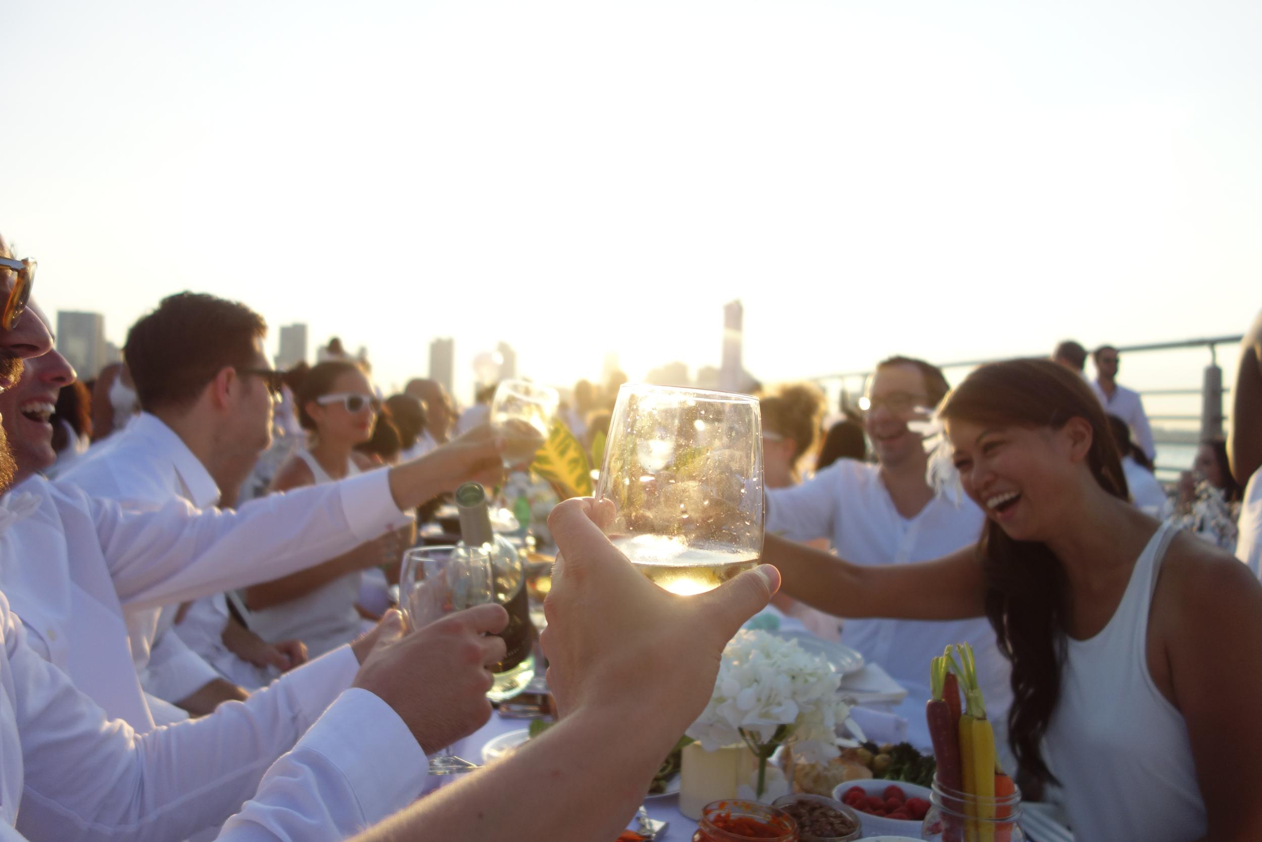 Diner en Blanc blog - 04.jpg