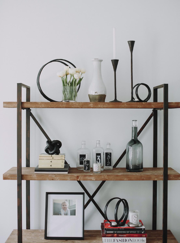SPACES BY STEINITZ Family Neutral Home Shelf
