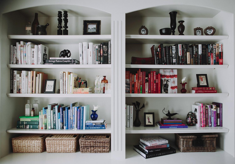 SPACES BY STEINITZ Family Neutral Home Bookshelf
