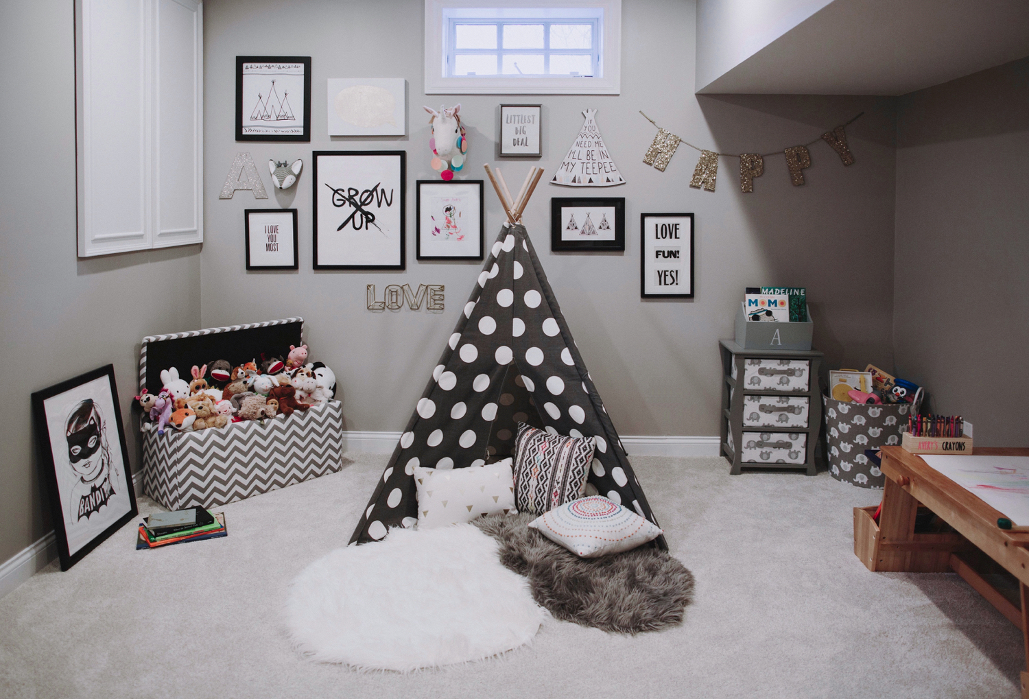 SPACES BY STEINITZ Family Neutral Home Playroom