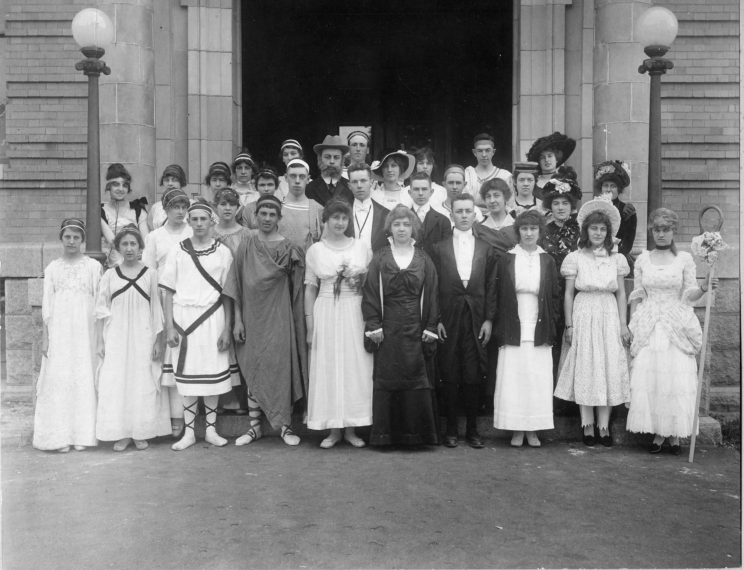 1916: Graduates from Skowhegan High School.