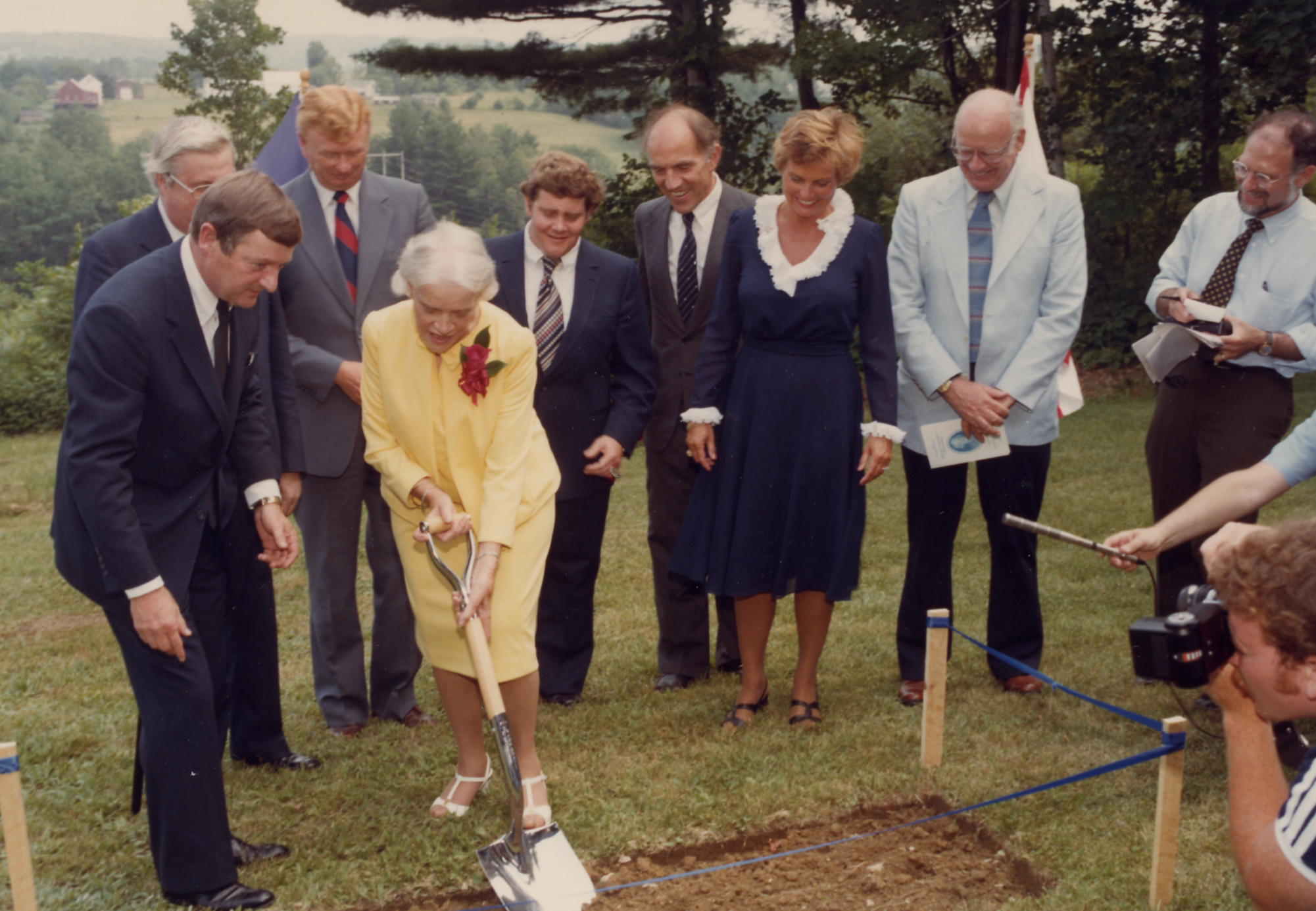 1982: Dedicates the Margaret Chase Smith Library.