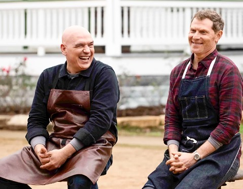 Be sure to catch the series debut of BBQ Brawl: Flay v. Simon with Food Network stars Bobby Flay and Michael Symon going grill to grill tonight at 9PM ET 🥘🔪 . . . . . #bbqbrawl #bobbyflay #michaelsymon #foodnetwork #seriesdebut #tonight #televsion #chefs