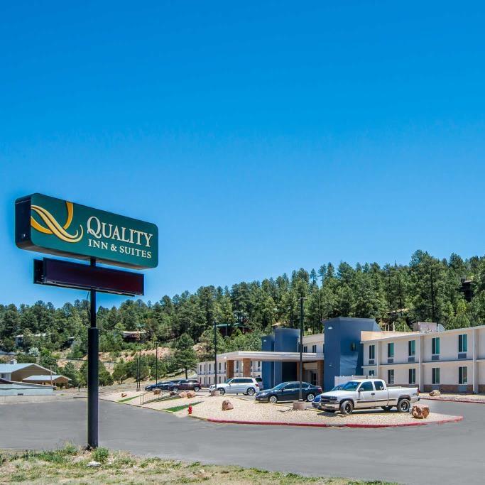 Quality Inn & Suites Ruidoso.jpg