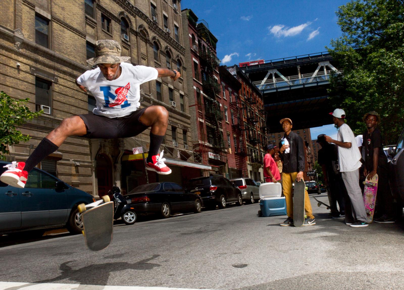 Skate4a.10x16.JPG