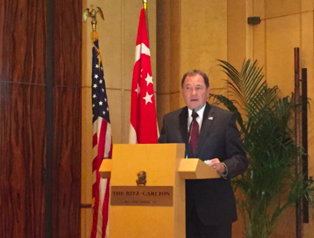 Utah Governor Gary Herbert addressing the delegation