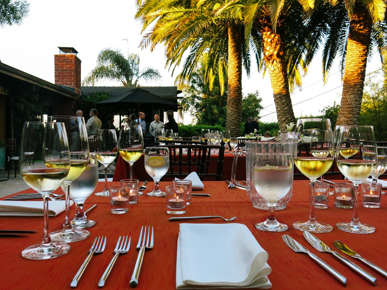 Wine events Honolulu and Maui special event entertainment and team buildings