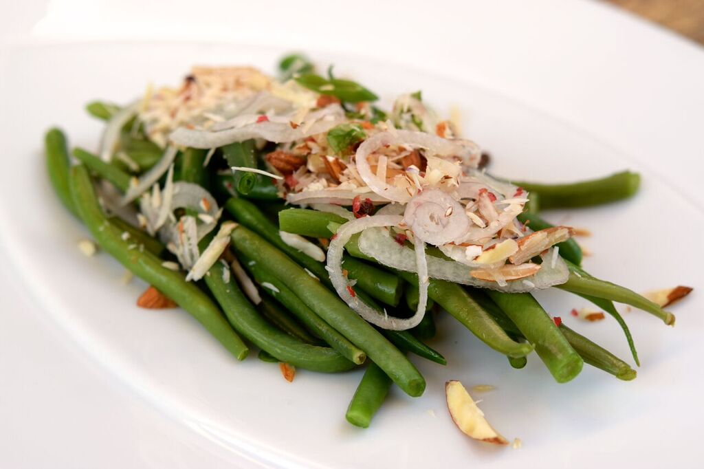 Blanched Haricot Vert | photo courtesy of 100eats