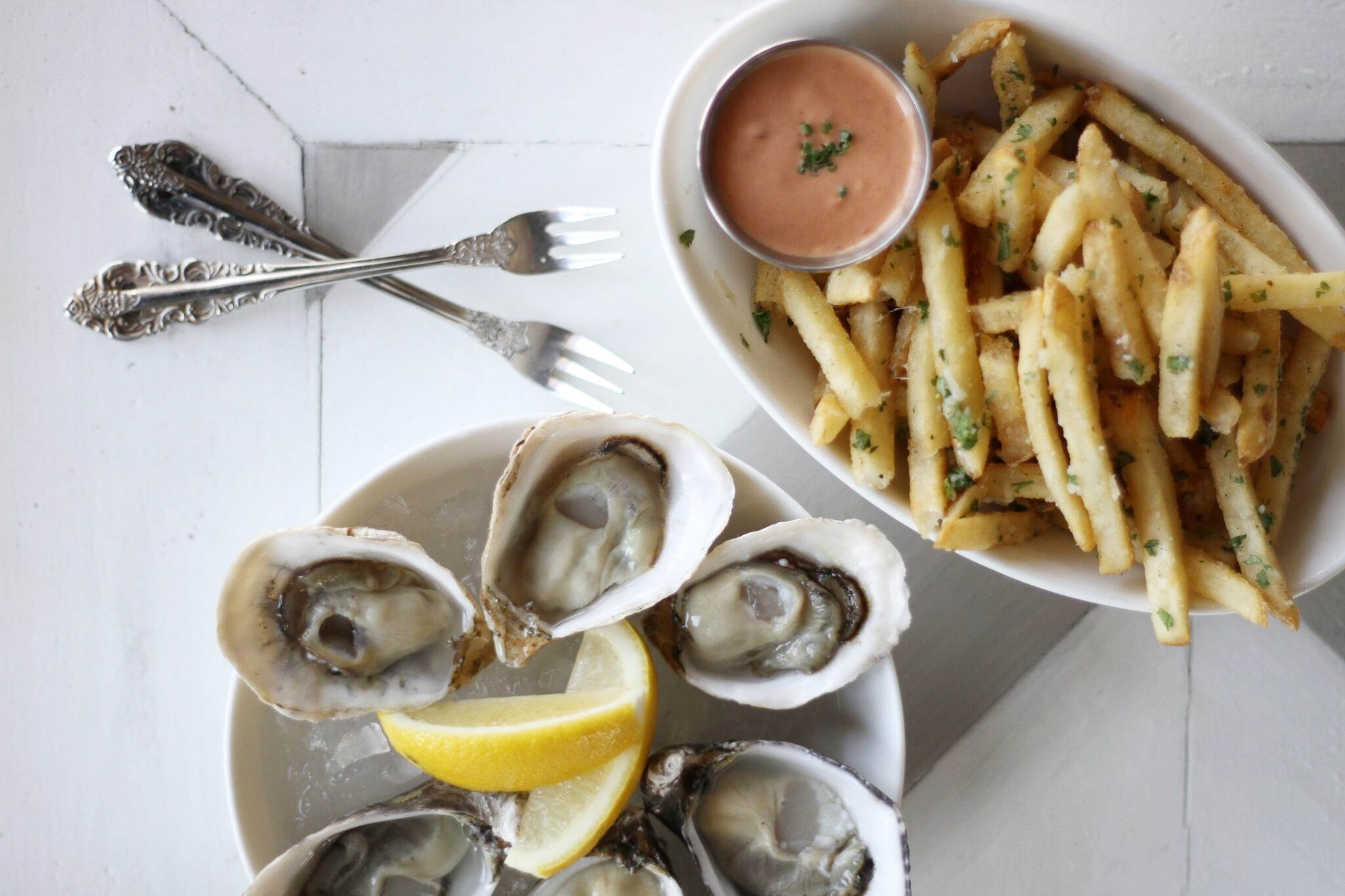 Oysters and Fries, an ideal start to a weekend meal at Shuck Oyster Bar