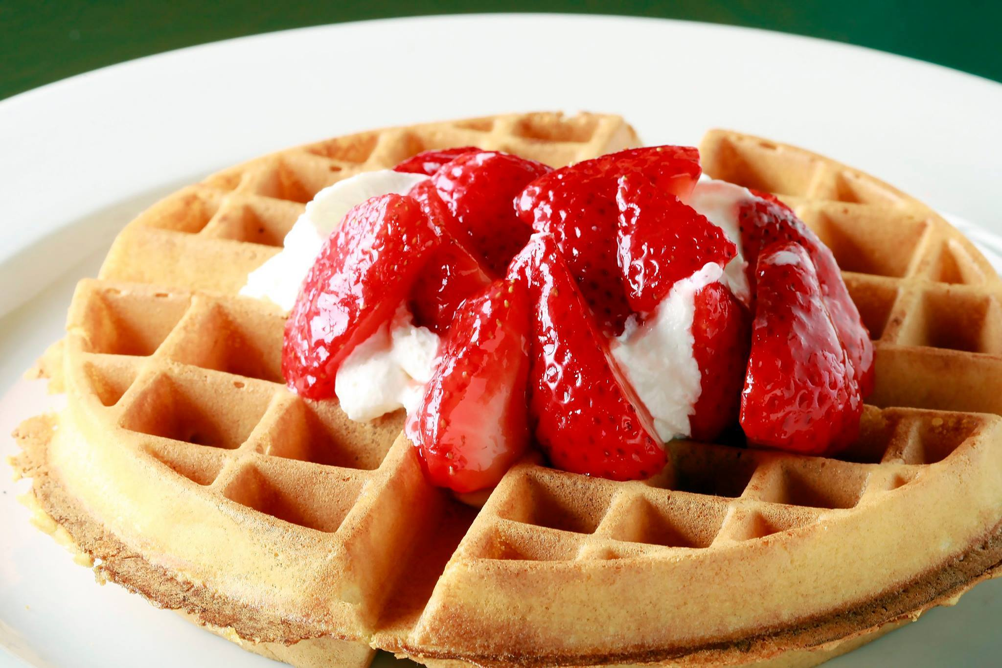 Wonderful waffles available 24/7 at Fred 62 | photo courtesy of Fred 62