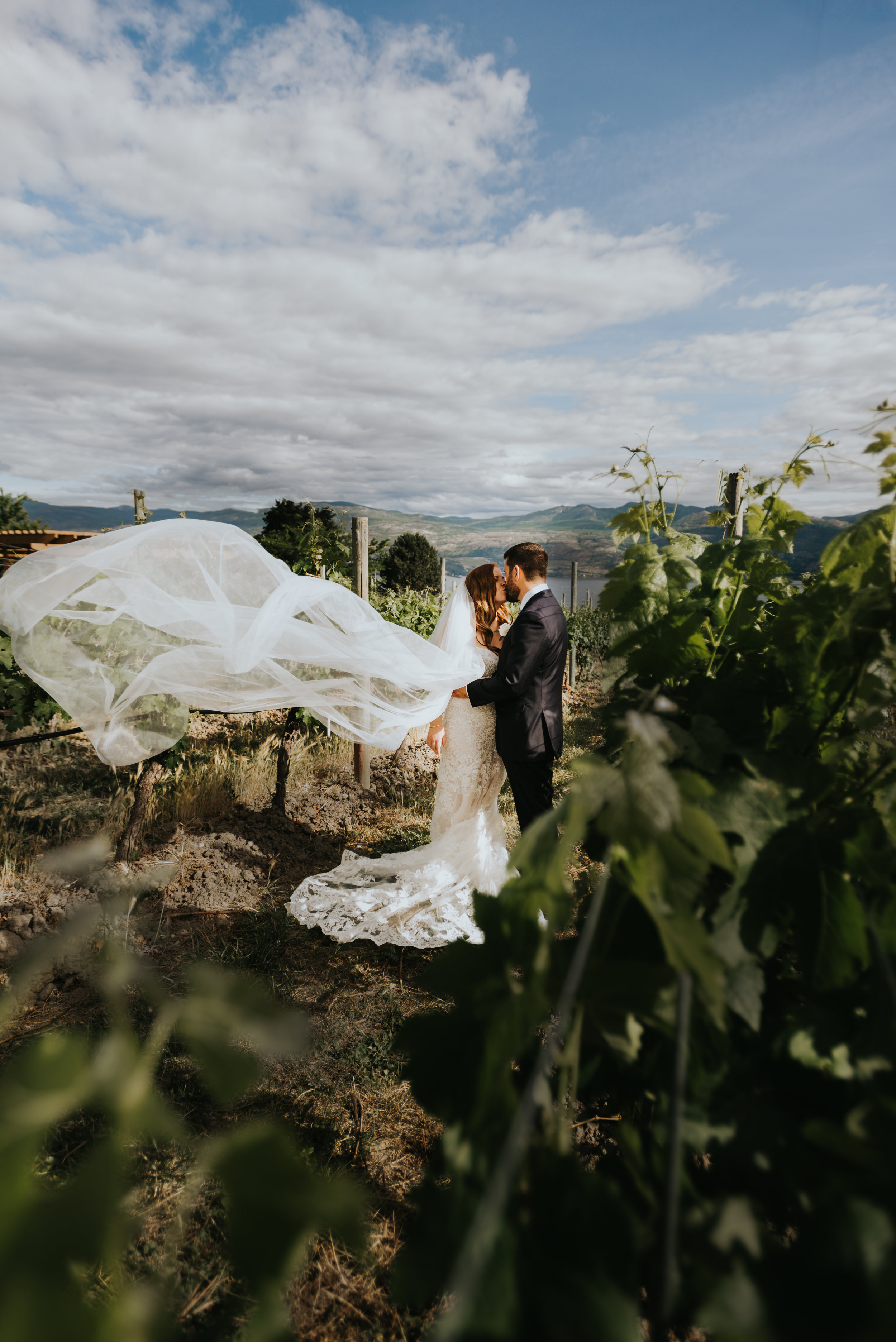 kelowna wedding photographer-51.jpg