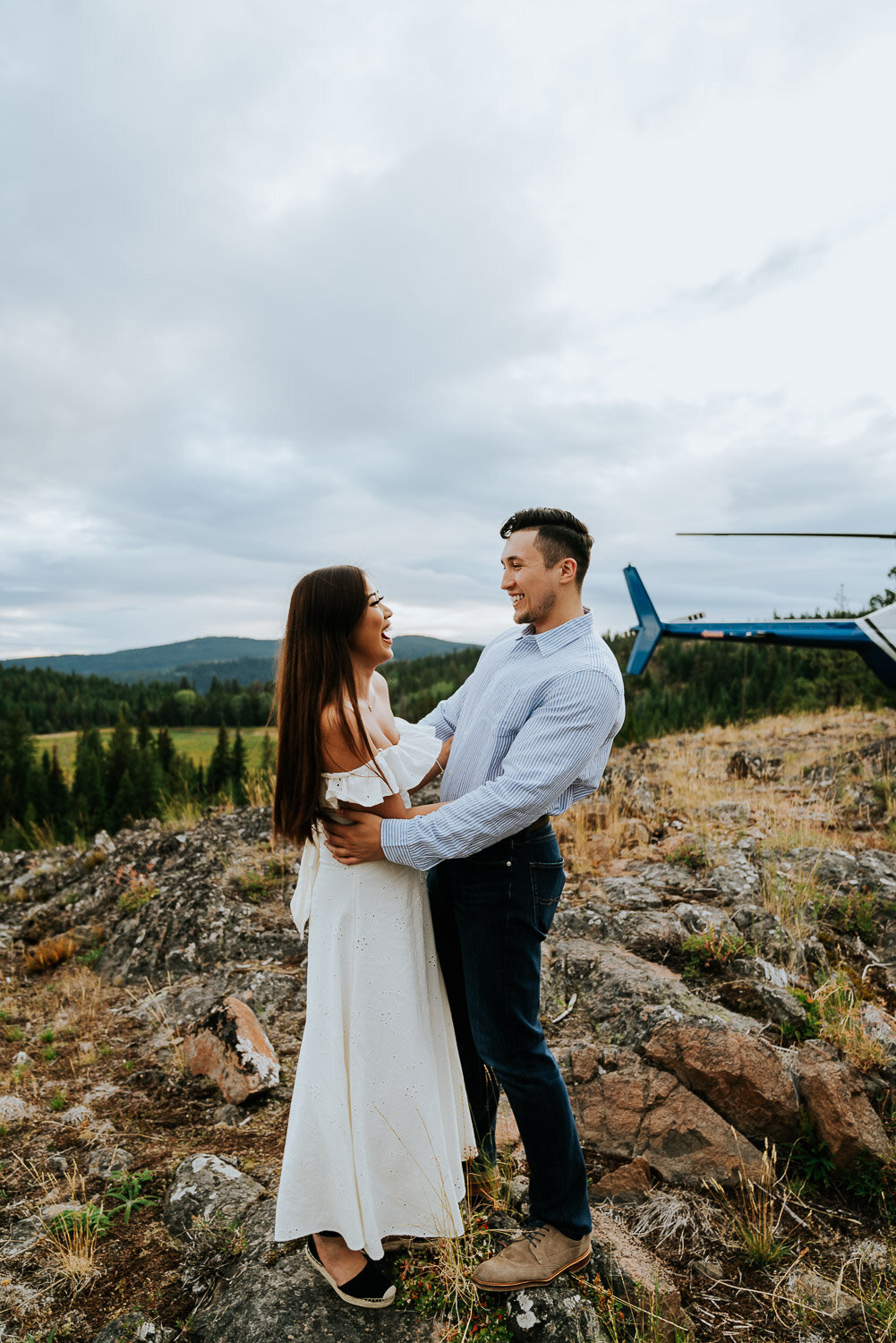 kelowna-helicopter-engagement-shoot-10.jpg
