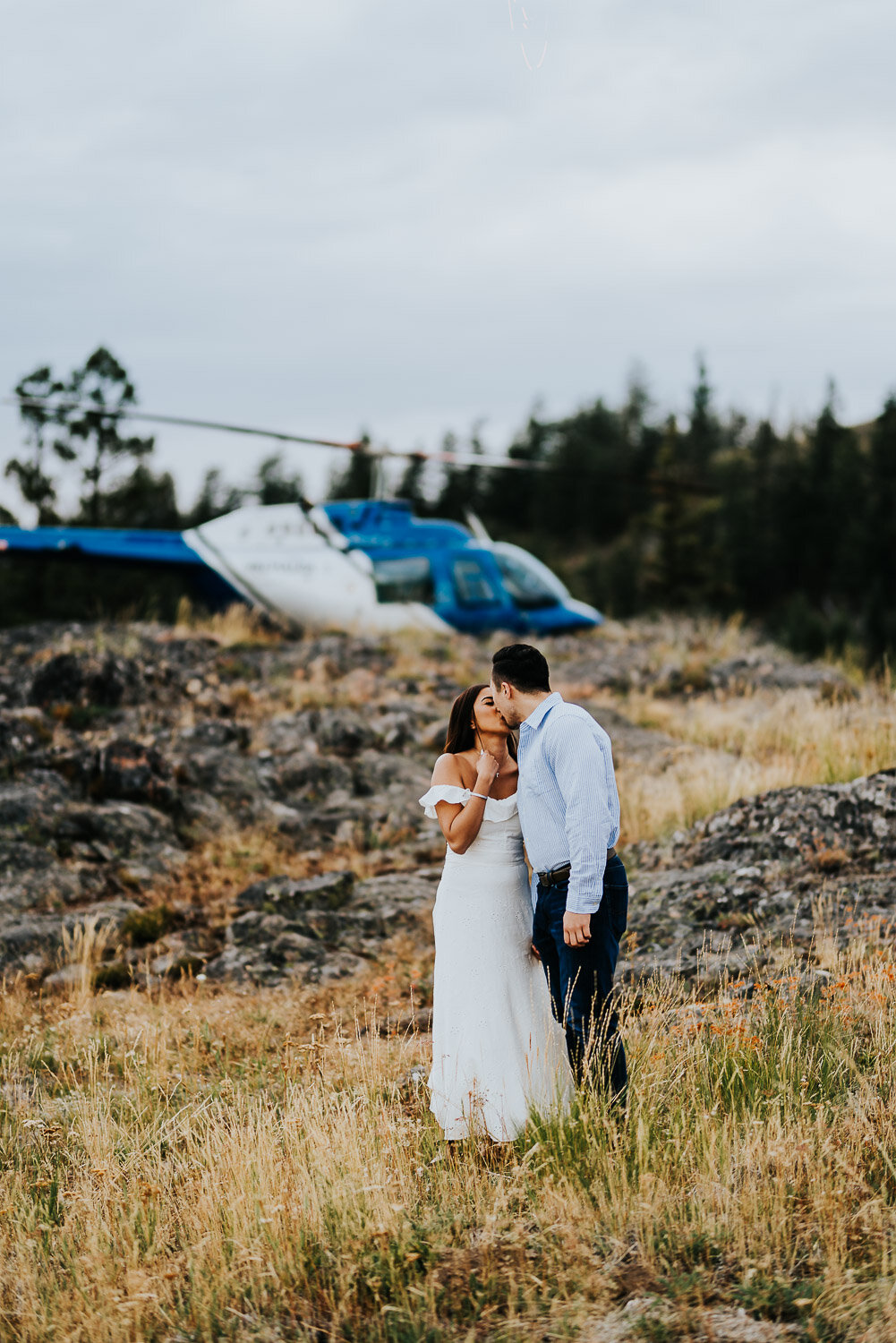 kelowna-helicopter-engagement-shoot-20.jpg