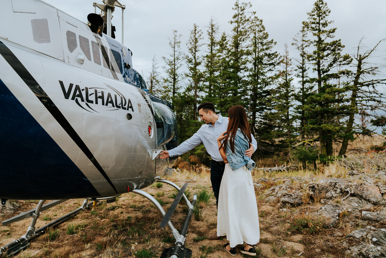 kelowna-helicopter-engagement-shoot-26.jpg
