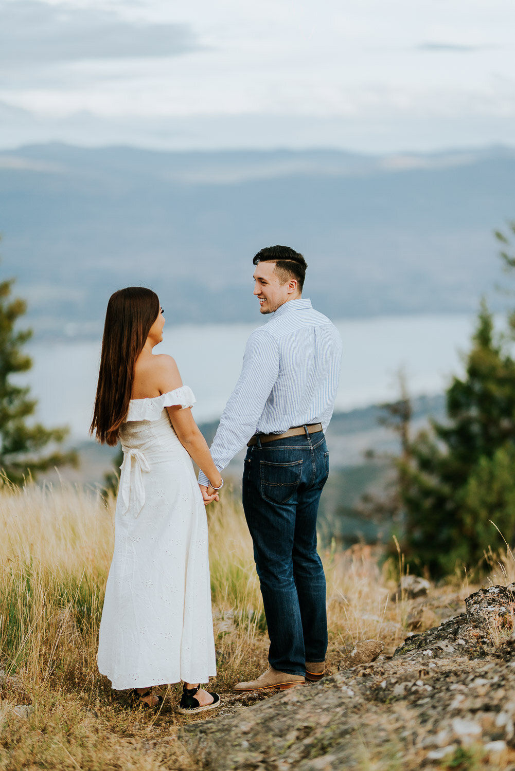 kelowna-helicopter-engagement-shoot-12.jpg