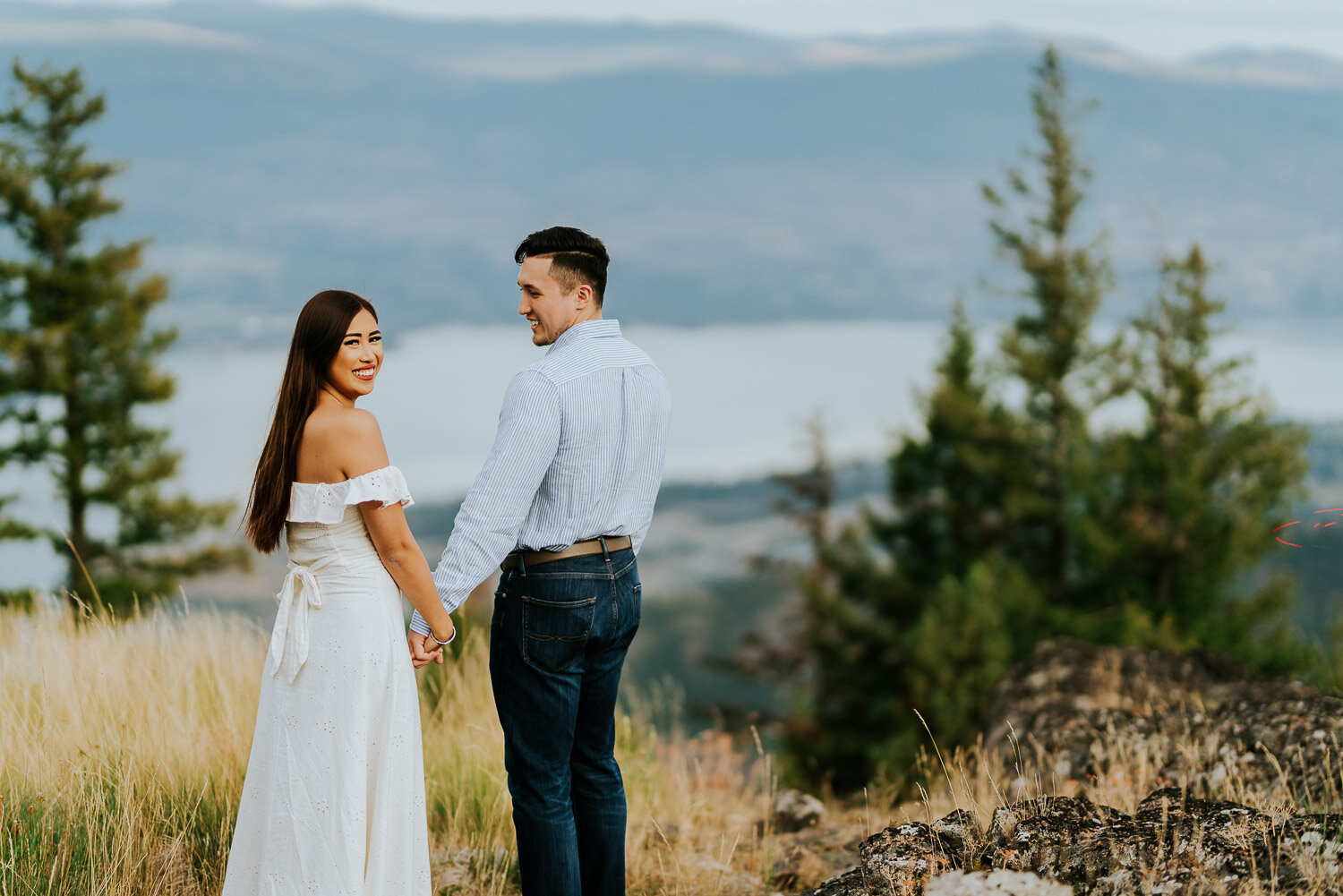 kelowna-helicopter-engagement-shoot-13.jpg