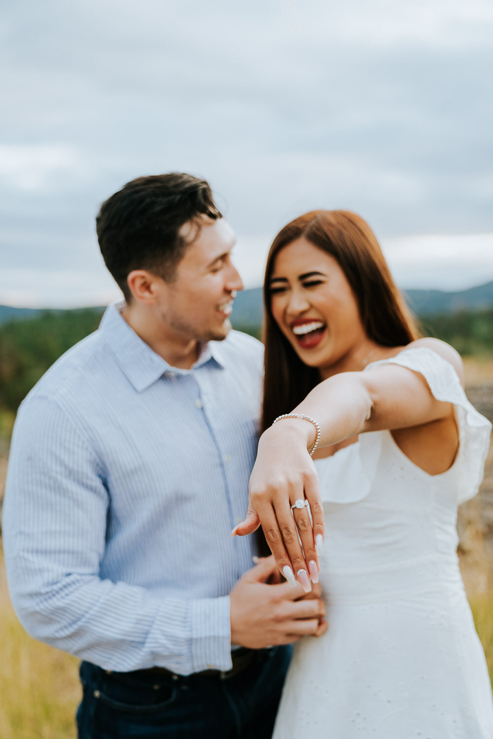 kelowna-helicopter-engagement-shoot-16.jpg