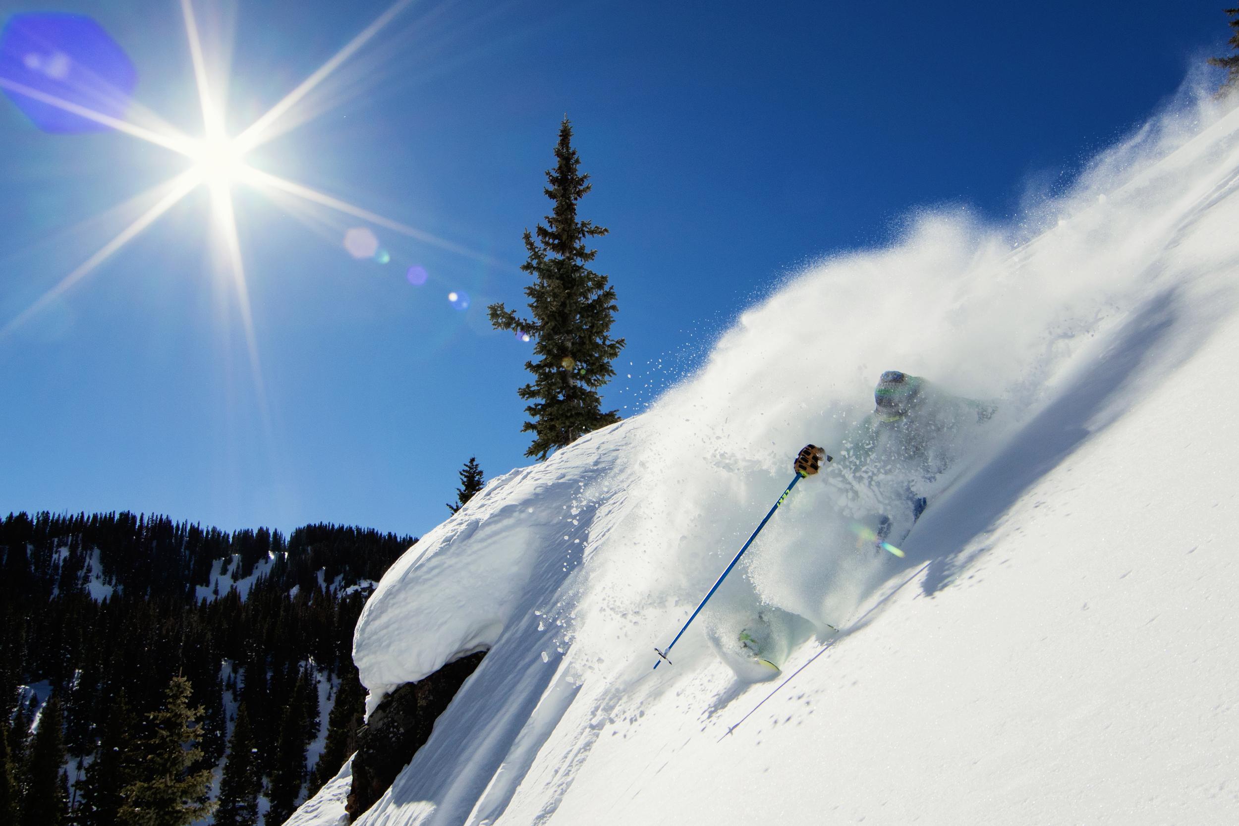 MattBerkowitz_photography_Skiing_Powder_Sven_2500px.jpg