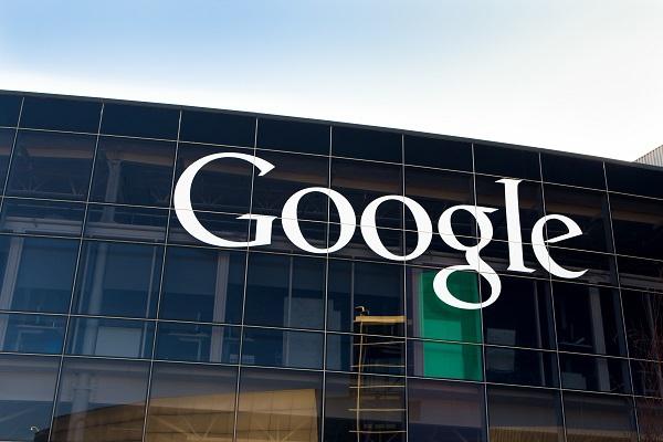 Does Google Discriminate Against White Male Conservatives.jpg