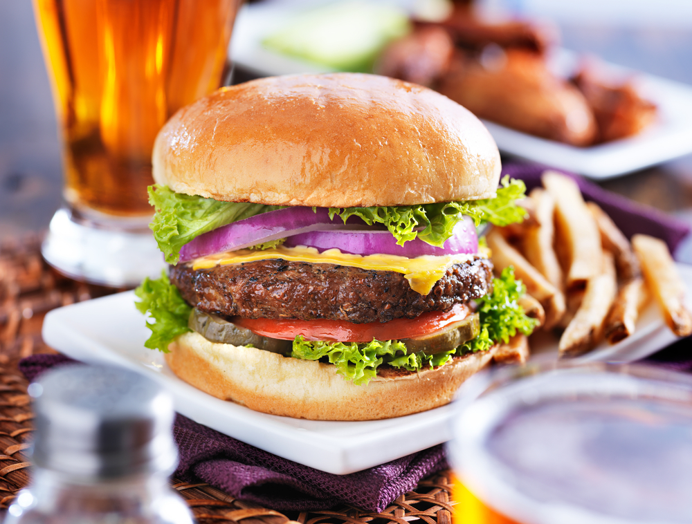 Southern California Burgers & Beer Restaurant Chain Faces Sex Discrimination Lawsuit.jpg