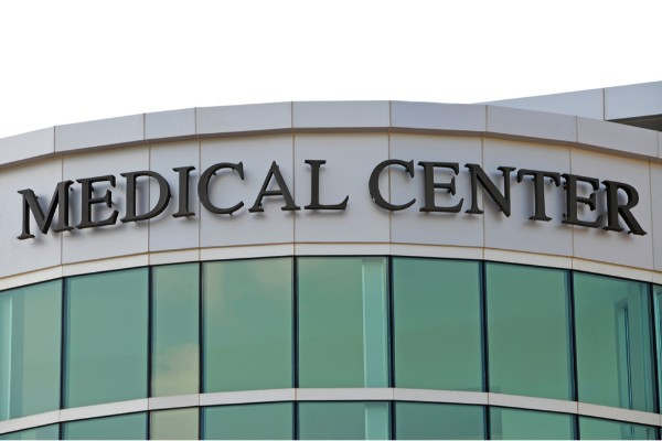 Employee Back Pay Lawsuit Settled by Los Robles Regional Medical Center.jpg