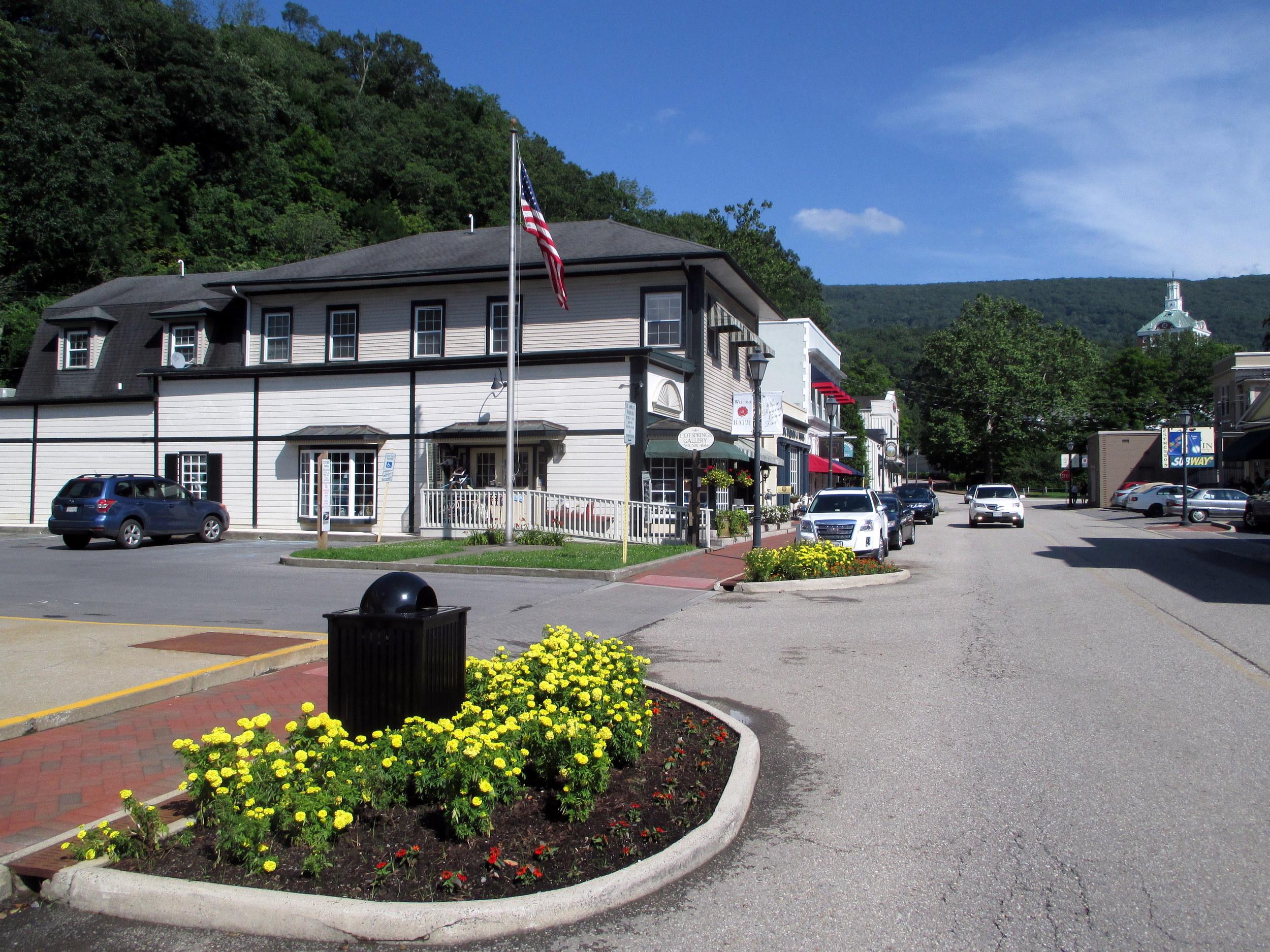 Bacova Properties | Main Street, Hot Springs, VA