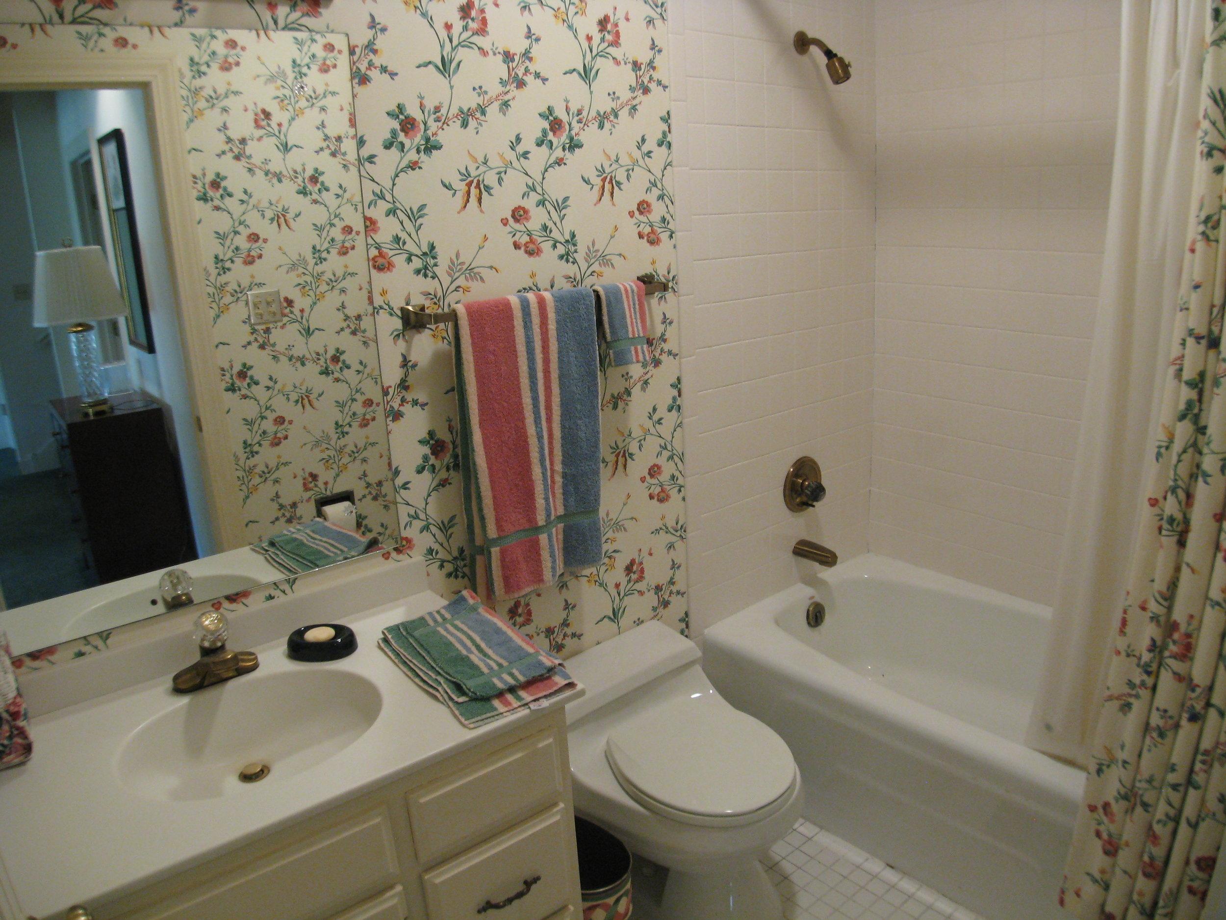 Upper Guest Bedroom 2 Bath