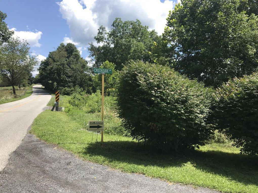 418 Creekside Dr Ext2.jpg