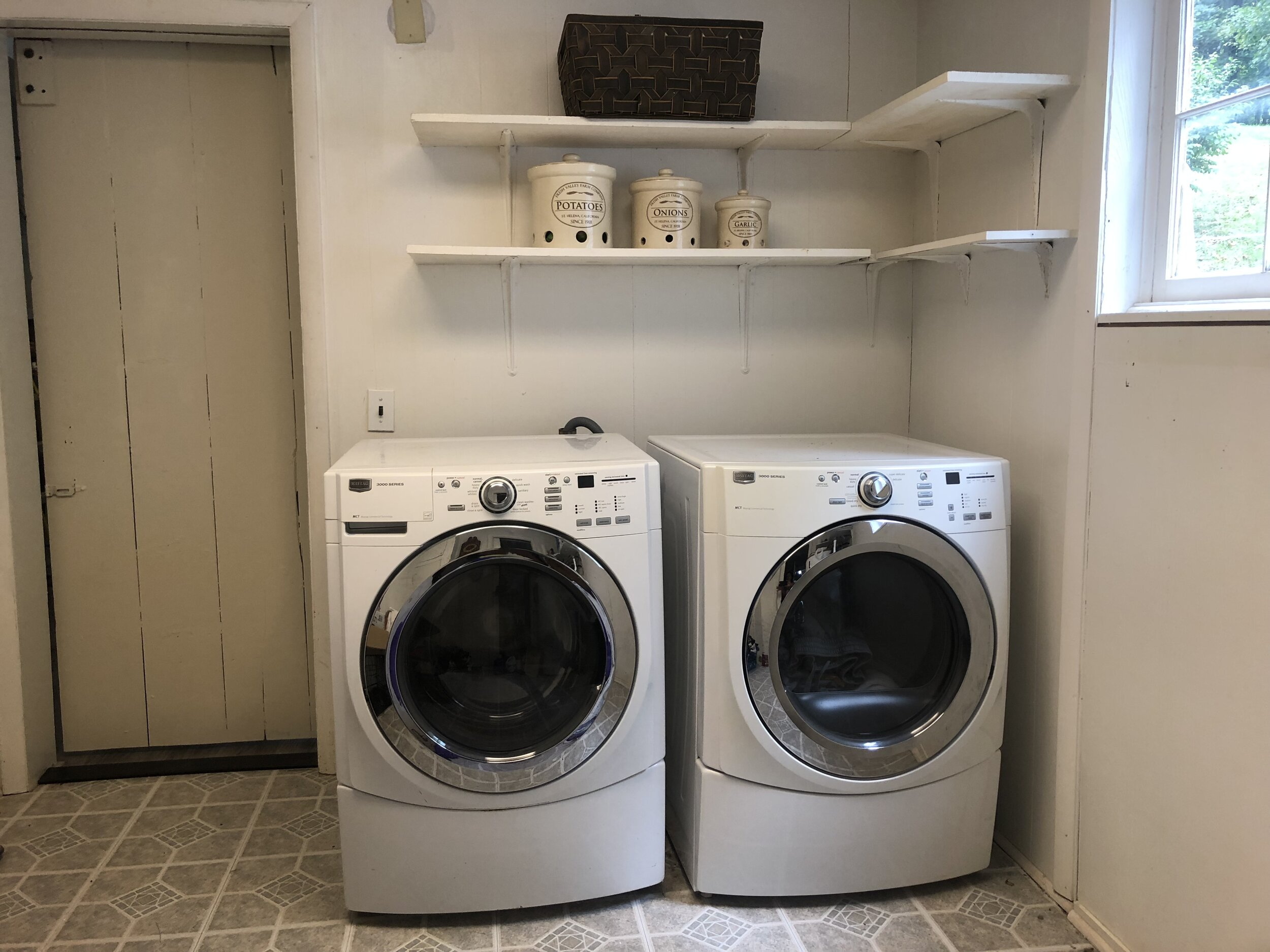 Walk-in Laundry on Main Floor