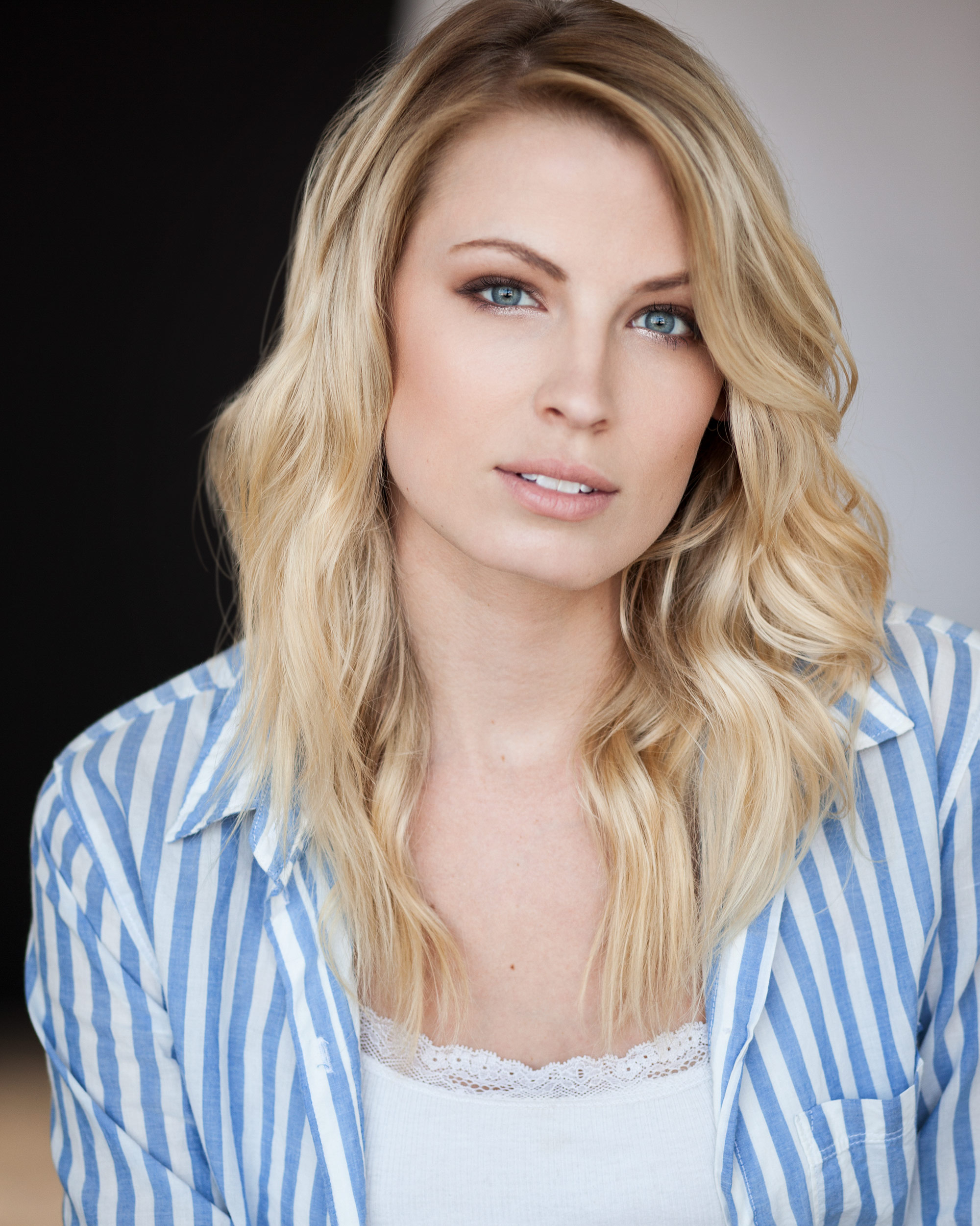 Andie_Miller_model_los_angeles_headshot.jpg