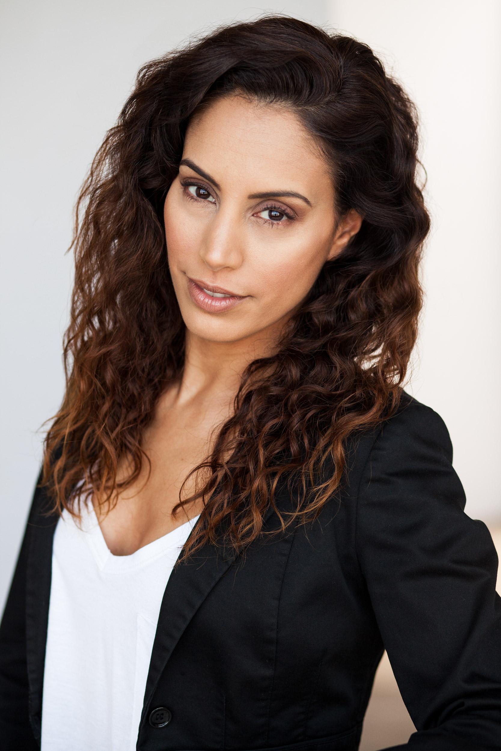 Keren_Ashri_actress_brunette.jpg