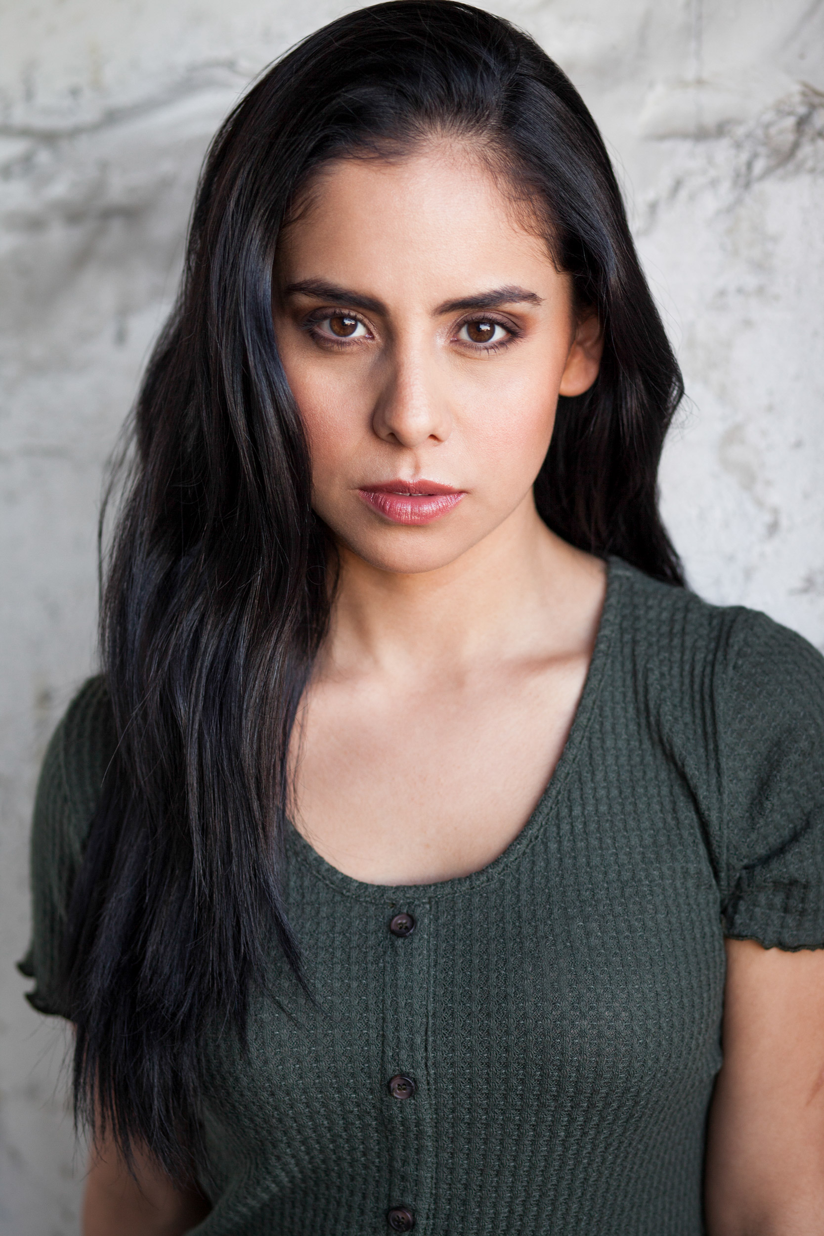 Alejandra_Pulido_dancer_headshot_brown_eyes.jpg
