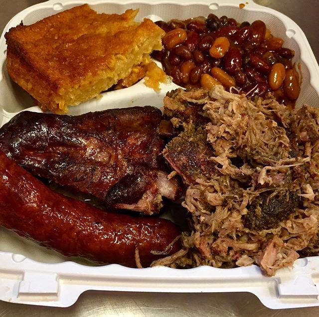 Three meat platter @smokedtogo #smokedpulledpork #cornpudding #smokedchicken smoked #bakedbeans #smokedsausage #bbq #ridgewoodnj