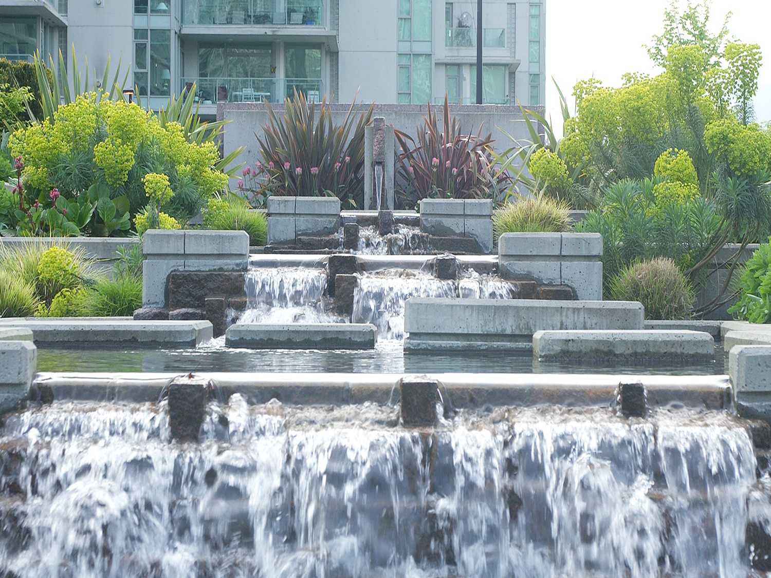 Bayshore Development water feature - Vincent Helton 4.jpg