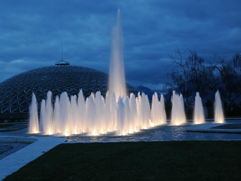 Queen Elizabeth Park Water Fountain - Vincent Helton 2.jpg