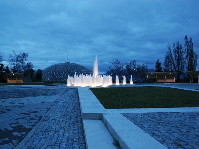 Queen Elizabeth Park Water Fountain - Vincent Helton 7.jpg