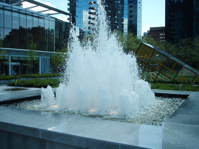 Wall Centre water fountain - Vincent Helton 3.jpg